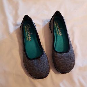 Vguc Skechers 8.5 ladies shoes